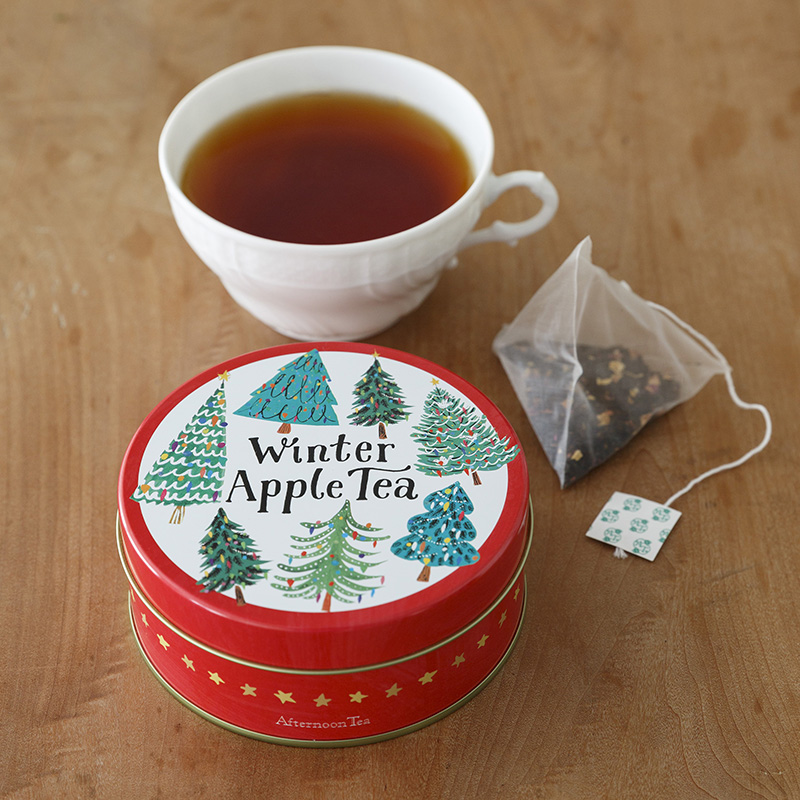 at_christmas-tea